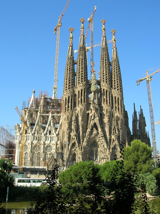 Reubenspot barcelona the great enchantress for La sagrada familia en barcelona
