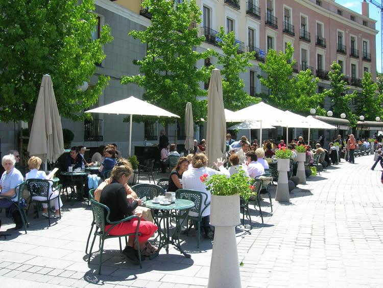 عــاصمة اسبـانيا (( مدريد)) Gate_restaurant_madrid_750_563