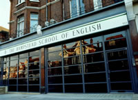 The Hampstead School og English,  London  England: 553 Finchley Road , London